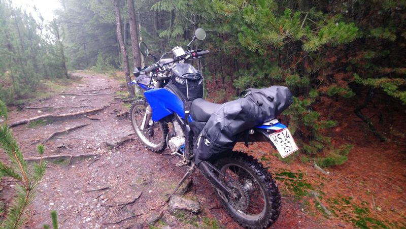 Wr250r equipped as a lightweight adventurebike Alt2